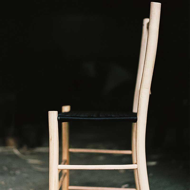 Smuk stol lavet af grøn sløjd